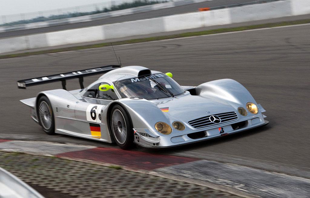 メルセデス・ベンツ CLR 1999 ( Mercedes-Benz CLR 1999 )