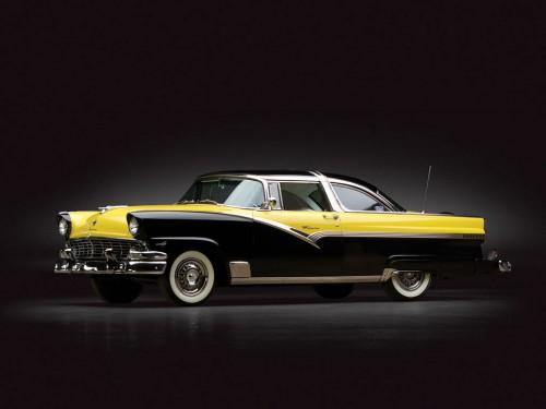 フォード フェアレーン クラウン ヴィクリア 1956