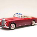 """<span class=""""title"""">ベントレー S1 コンチネンタル ドロップヘッド クーペ 1956</span>"""